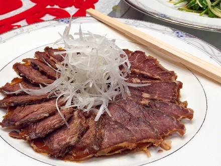 B04牛スネ肉の冷製
